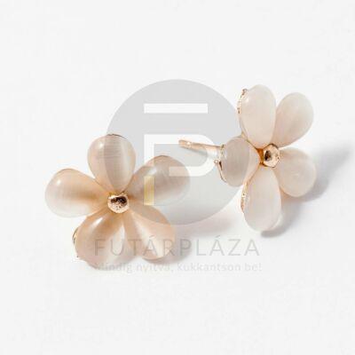 Arany bevonatos fehér virágos fülbevaló