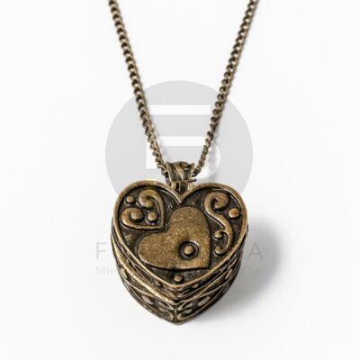 Antikolt nyaklánc kinyitható szív ládika medállal