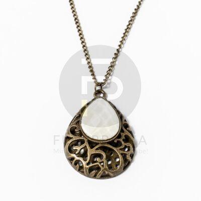 Antikolt nyaklánc fehér köves csepp alakú medállal