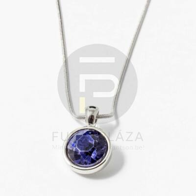 Ezüst bevonatos kerek köves medál nyaklánccal lila