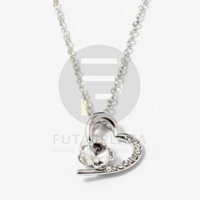 Ezüst bevonatos szív medálos nyaklánc fehér köves