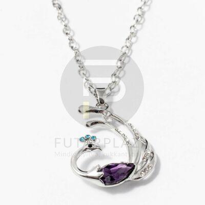 Páva medálos nyaklánc lila kővel